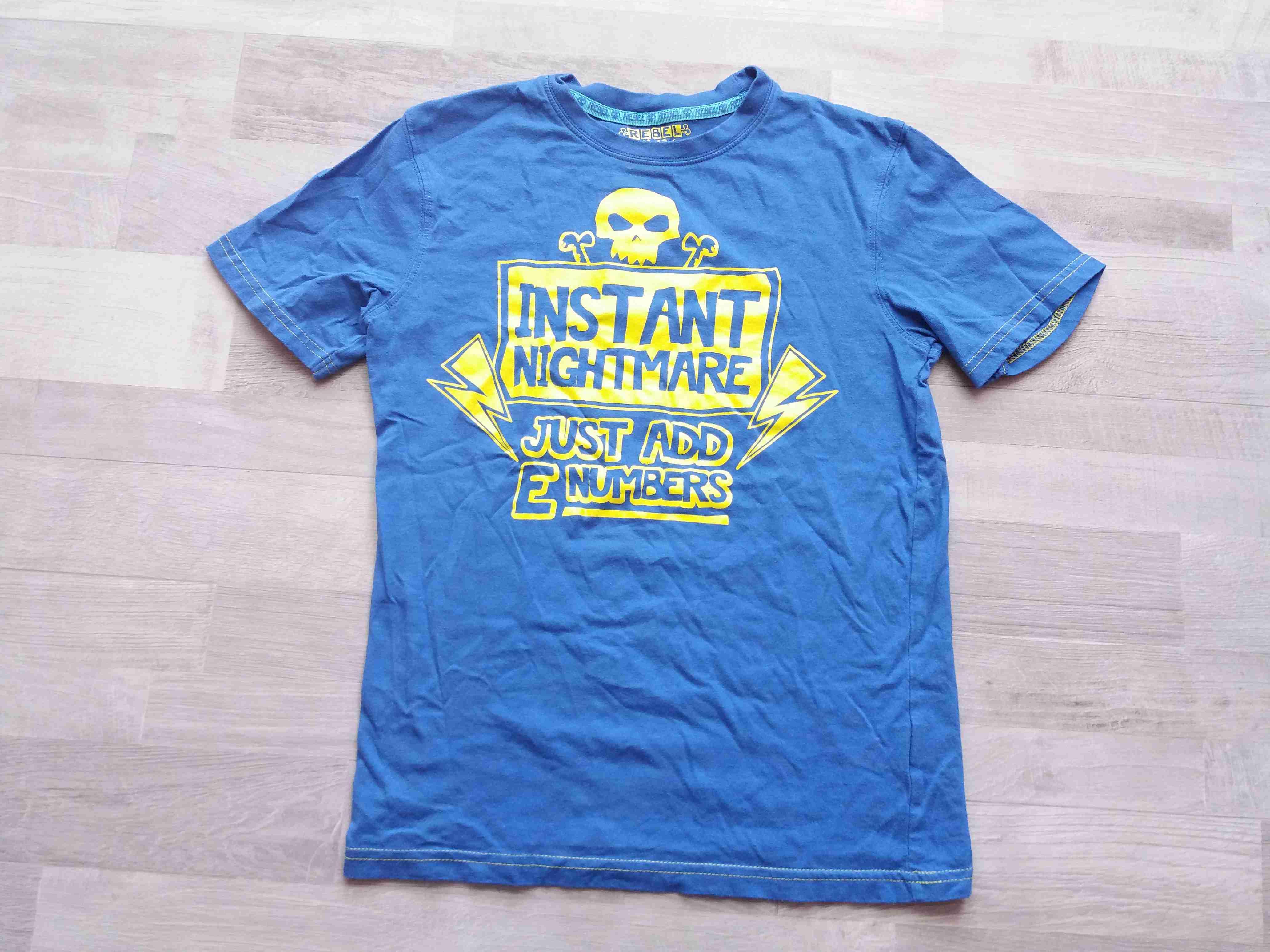 4cbaae124cb2 tričko kr.rukáv modré s nápisy vel 152