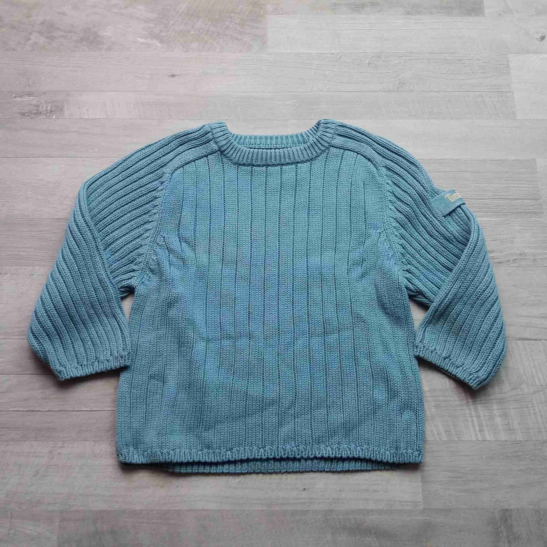 svetr žebrovaný modrý TIMBERLAND vel 98  5734931424